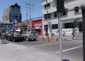 En el corazón comercial de Iquique Local en Plaza Condell 120 m2