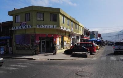 FARMACIA TARAPACÁ (1).jpg